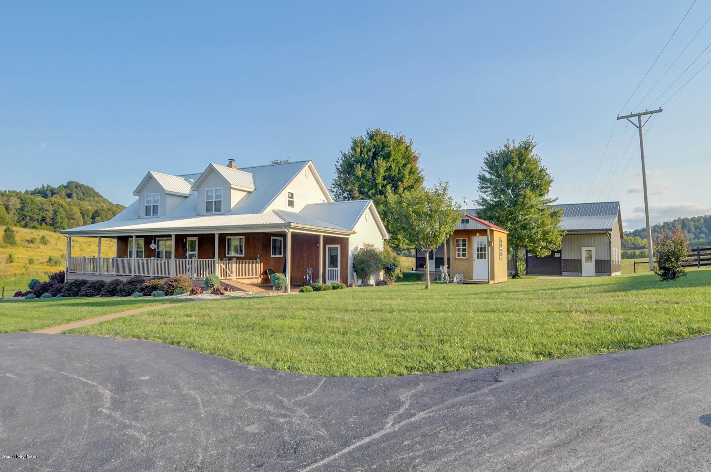 Single Family Homes for Sale at 235 Irvin Cemetery Road Horse Cave, Kentucky 42749 United States
