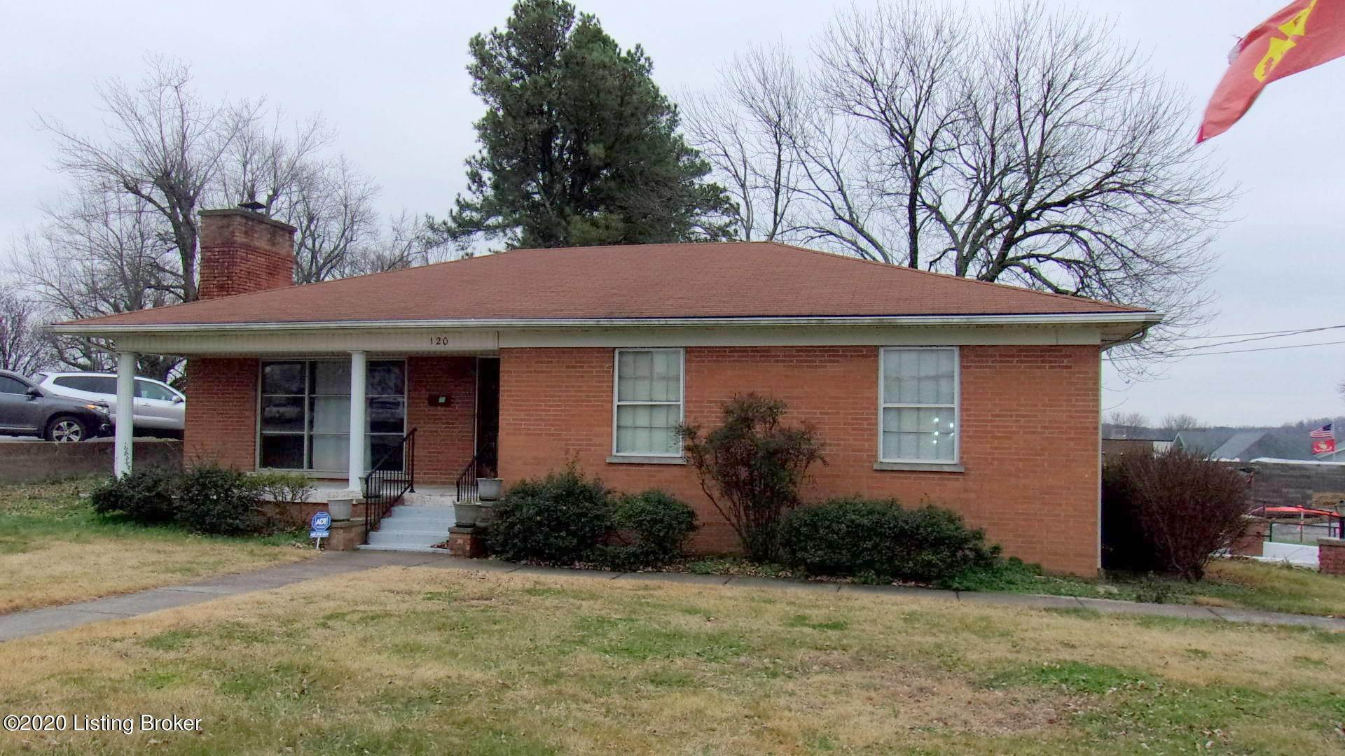 Single Family Homes for Sale at 120 E White Oak Street Leitchfield, Kentucky 42754 United States