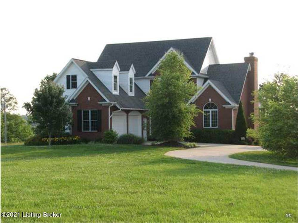 Single Family Homes for Sale at 1950 Jacksonville Road Bagdad, Kentucky 40003 United States