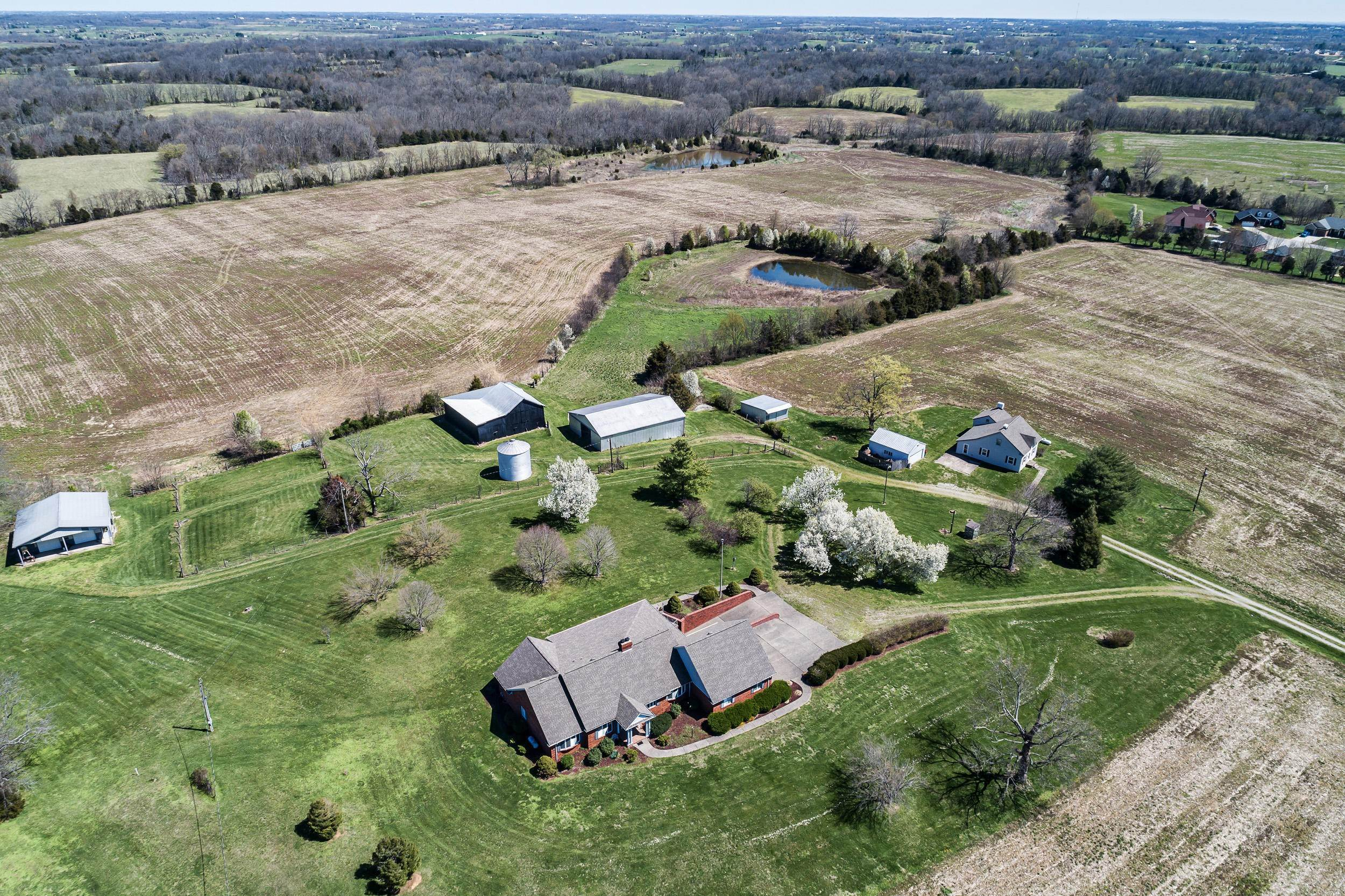 Farm and Ranch Properties for Sale at 4399 Louisville Road Bardstown, Kentucky 40004 United States