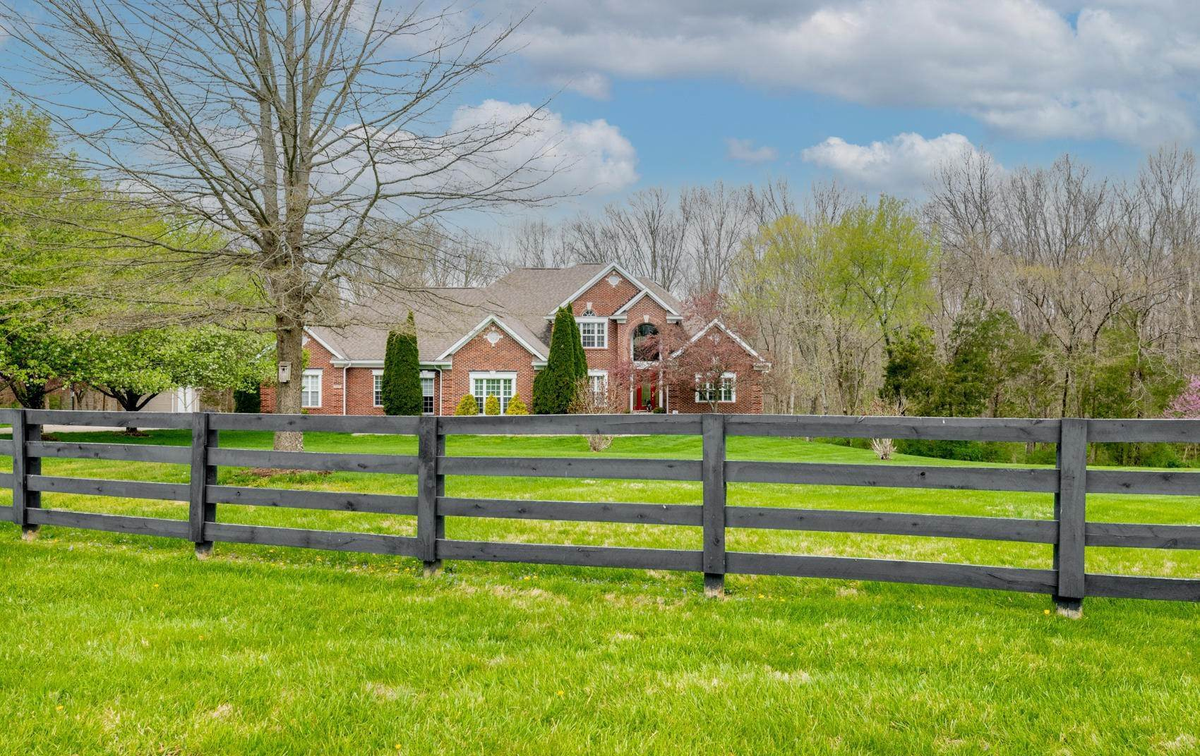 Single Family Homes for Sale at 16401 Crooked Lane Fisherville, Kentucky 40023 United States