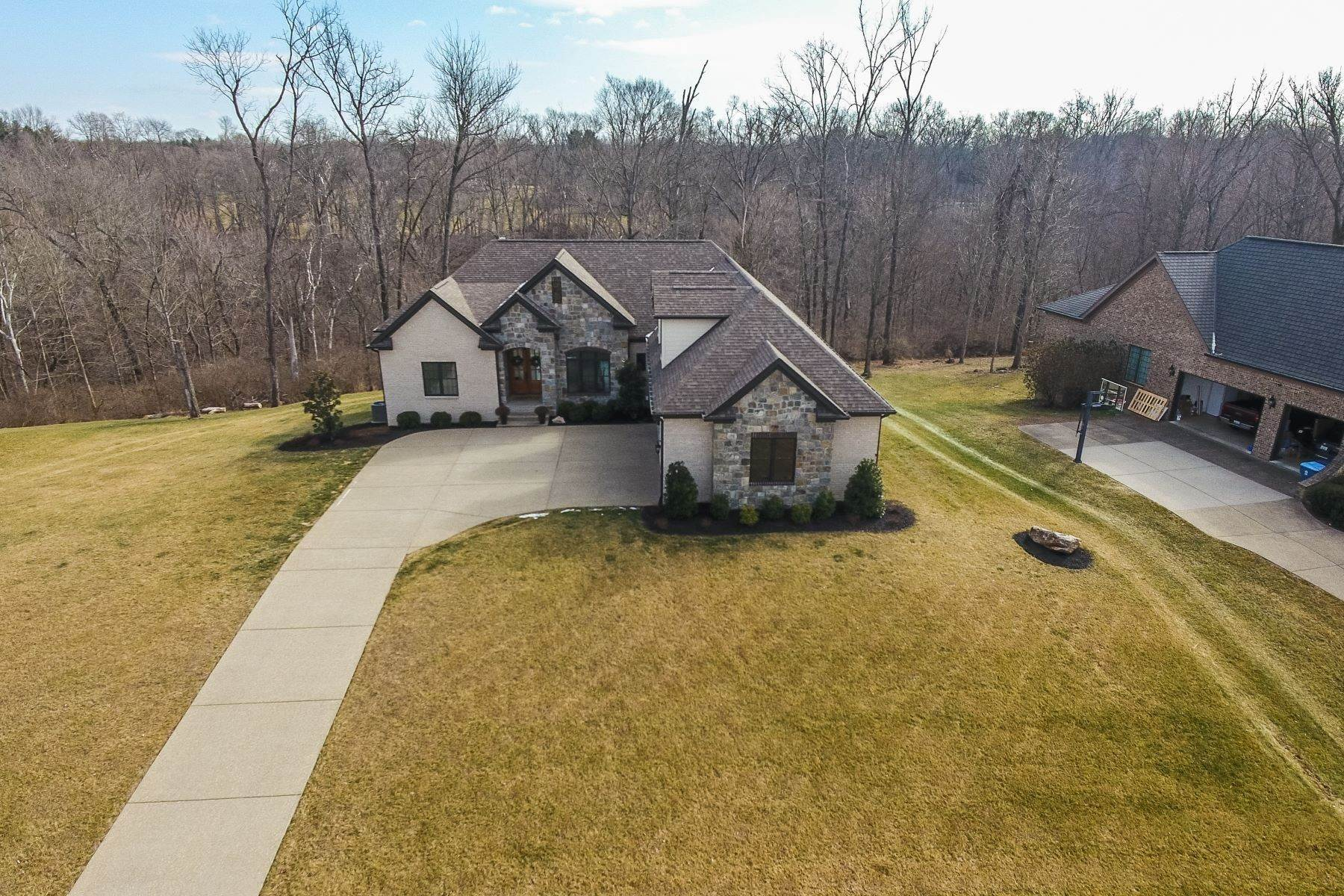 44. Single Family Homes for Sale at 12507 Poplar Woods Drive Goshen, Kentucky 40026 United States