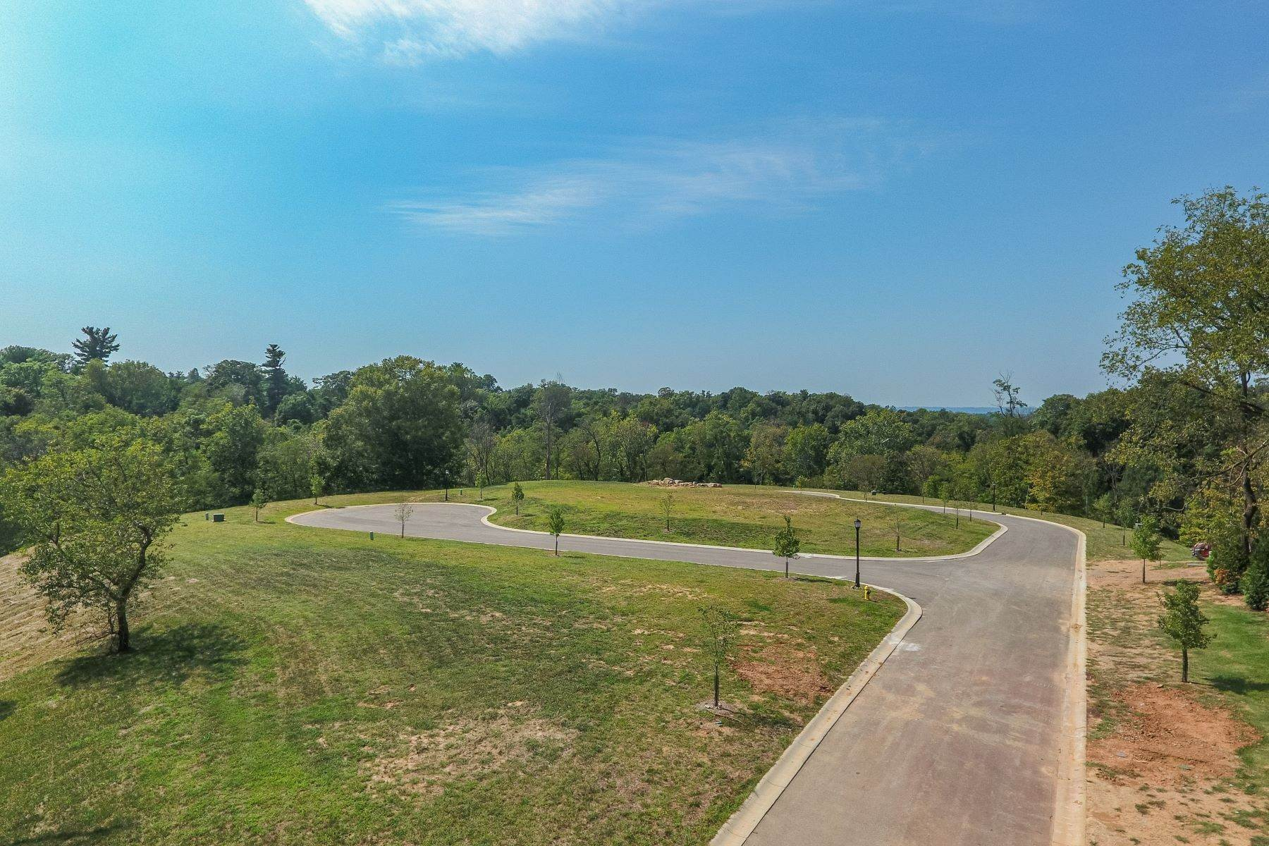 Land for Sale at Poplar Hill Estates Lot 5 4501 Poplar Manor Road Louisville, Kentucky 40207 United States