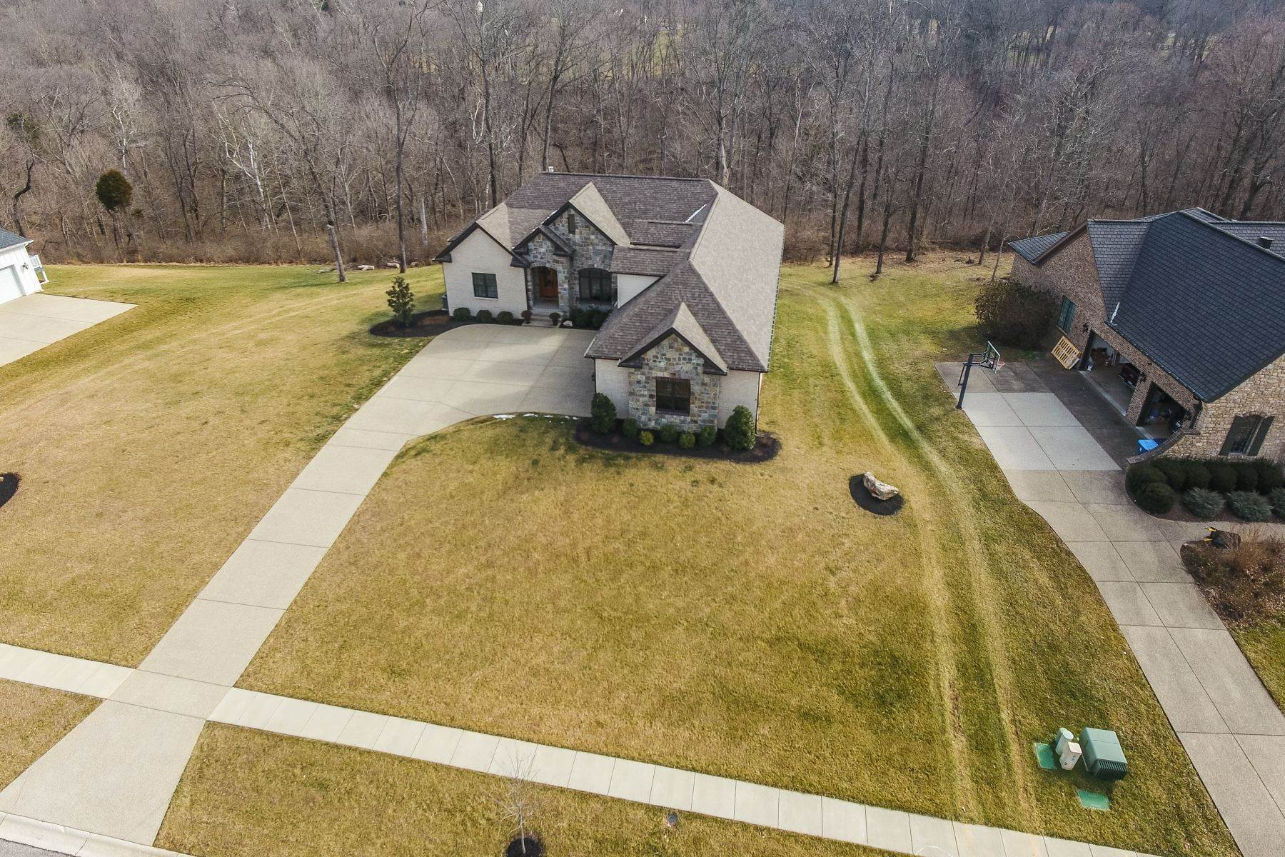 45. Single Family Homes for Sale at 12507 Poplar Woods Drive Goshen, Kentucky 40026 United States