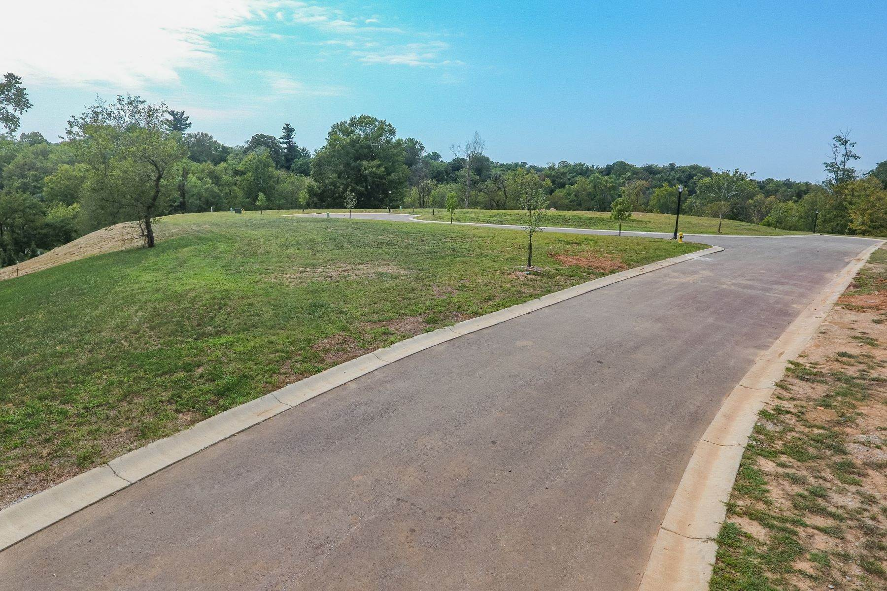 Land for Sale at Poplar Hill Estates Lot 12 4510 Poplar Manor Rd Louisville, Kentucky 40207 United States