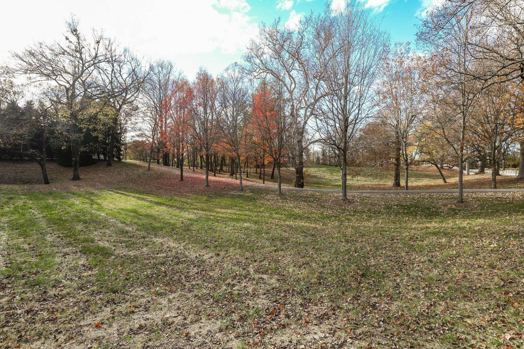 Land for Sale at 6304 Wolf Pen Branch Road Tract #1 6304 Wolf Pen Branch Road, Tract #1 Prospect, Kentucky 40059 United States